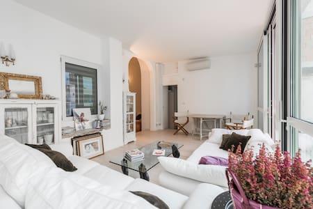 Comfy doubleroom with bath - Bari - Lejlighed