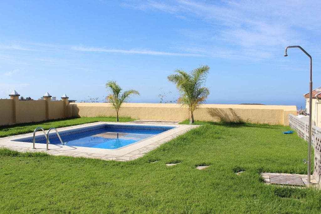 "Country house with pool ""El Pinito"""