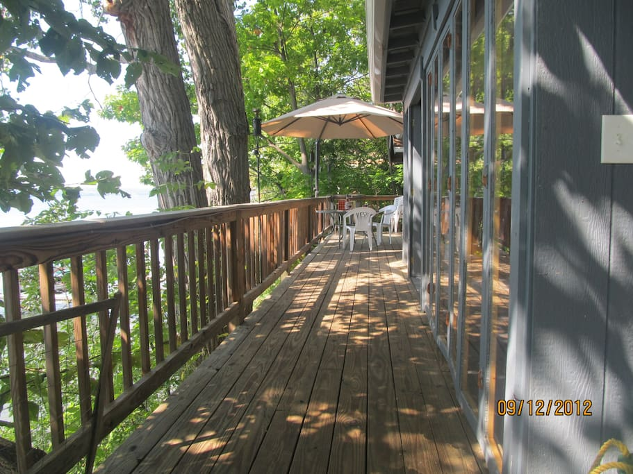 cayuga lake getaway treehouses for rent in aurora