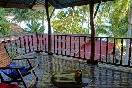 Jungle Lodge at the beach - Appartement