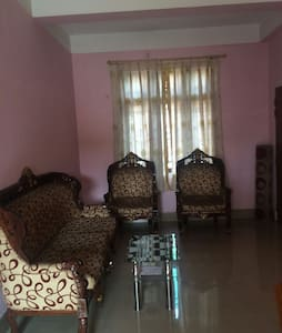 Room type: Private room Property type: Apartment Accommodates: 4 Bedrooms: 1 Bathrooms: 2
