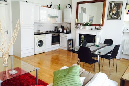 Studio flat-Kensinghton-near tube