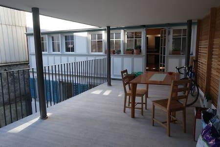 Terassen-Wohnung 120m2 - Appartement