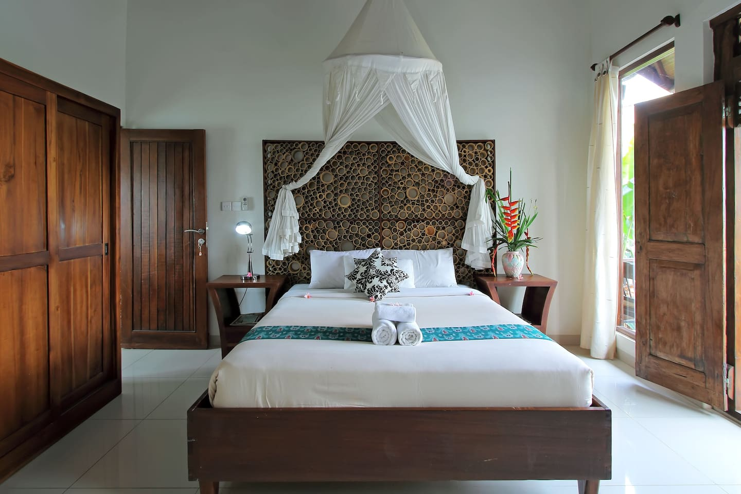 2 BR Balinese Cottage with   Pool