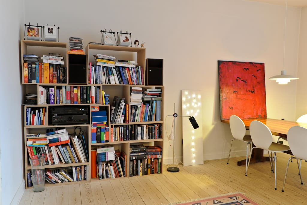 Book shelves and music in the living room