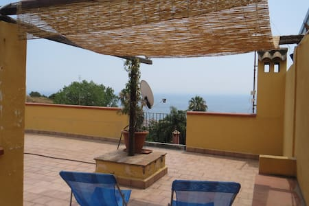 Ocean View in Acicastello hill - Villa