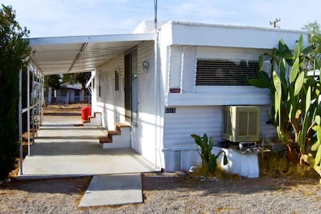 mobile home  private lot/w. mt view - Hus