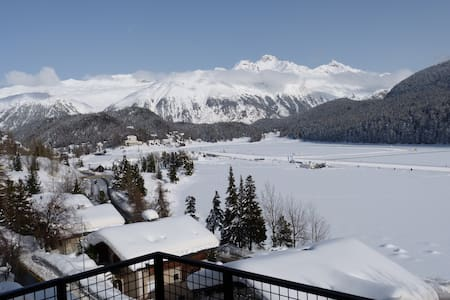 Super central with great lake views - St. Moritz - Leilighet