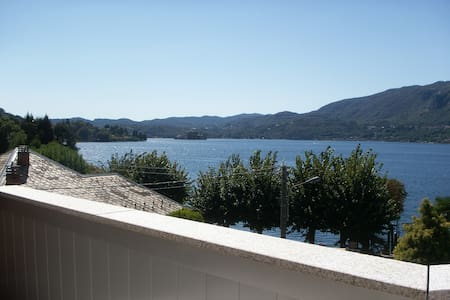 COSY FLAT WITH VIEW IN ELEGANT LAKEFRONT VILLA - Pettenasco