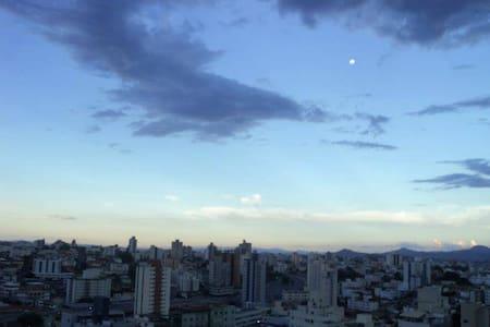 Kitnet Região Central com garagem - Belo Horizonte - Lägenhet