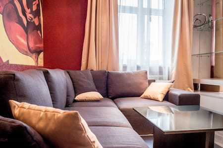 """Gauguin"" VIP apartment on Maidan - Kiev"