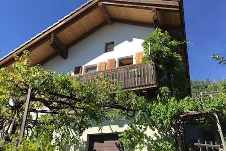 Maison au milieu des vignes - Casa