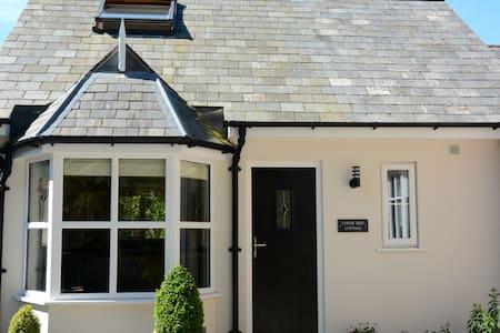 Cedar Tree Cottage - House