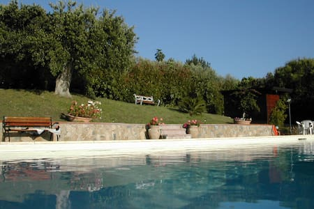 Beautiful villa with pool - Terzerie-ficocelle - Villa