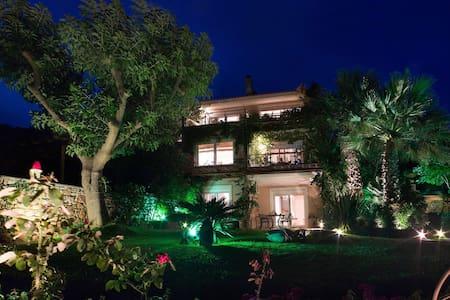 Garden Bay Villa in Nea Stira - Néa Stíra