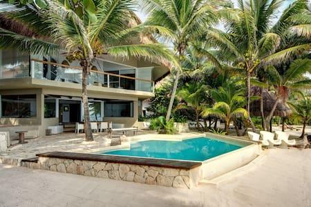 Villa Zacil Na: 109769