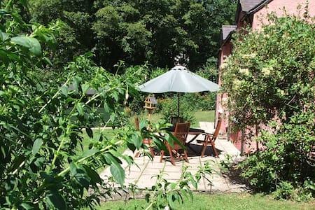 Wood Cottage, Stackpole Estate - Stackpole - Hus