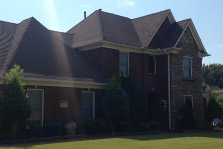 MEMPHIS- Quiet&Comfy entire 2nd lvl - Southaven - House