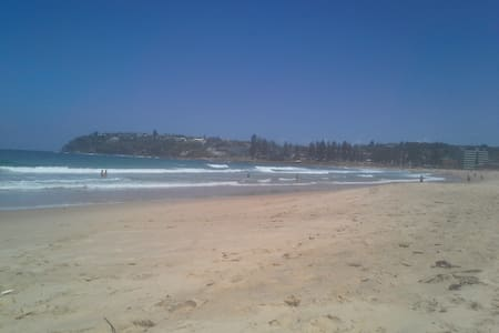 Home from Home Accommodation - Dee Why - Apartment
