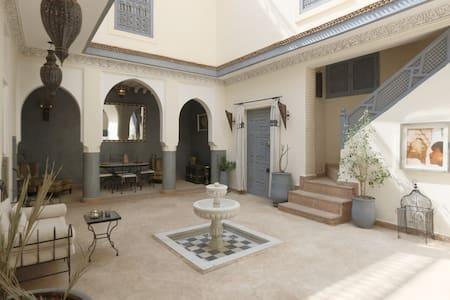 Dar El Mam Marrakech Centre Médina - Bed & Breakfast