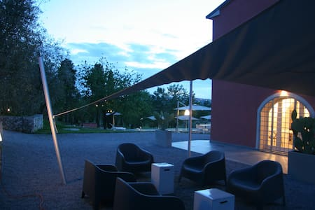 3 bedroom stunning villa nr Cortona