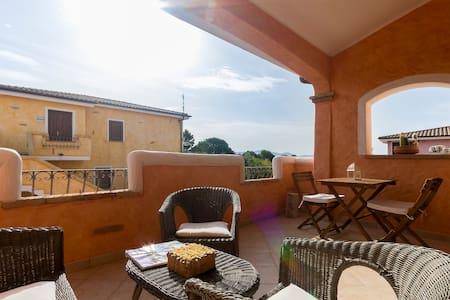 Perfect for couple;romantic veranda - House