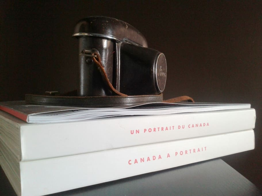 the guest room: read up on Canada, Air Canada, and get a snap of you with that local, vintage camera