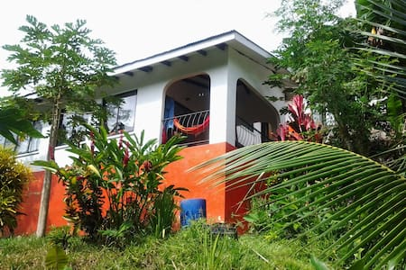 PAPAYAS GUEST HOUSE 100E 8 PERS. - Dom