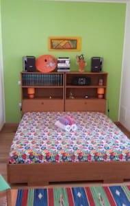 B&B S'ISPIGULA camera con bagno - Ittiri - Bed & Breakfast