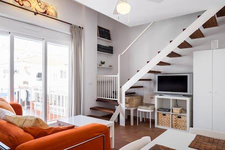 Holiday Apartment modern, cozy WIFI - Apartamento