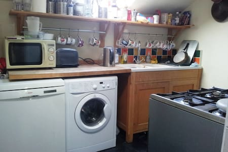 Top floor flat in Shepherd's Bush - London - Apartment