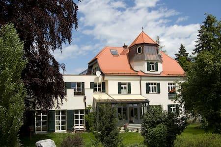 Romantische Wohnung in Gartenvilla - Füssen