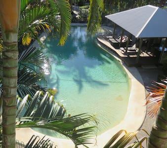 South Pacific Resort - Malibu View - Noosaville