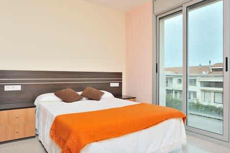 Oportunidad fantastica vivienda - Vilafranca del Penedès - Apartment