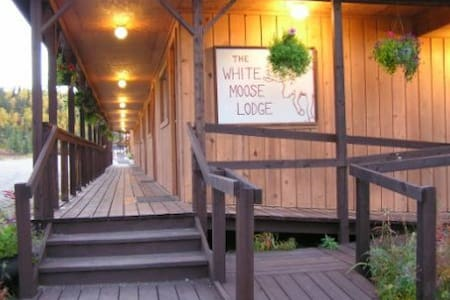 White Moose Lodge - Healy