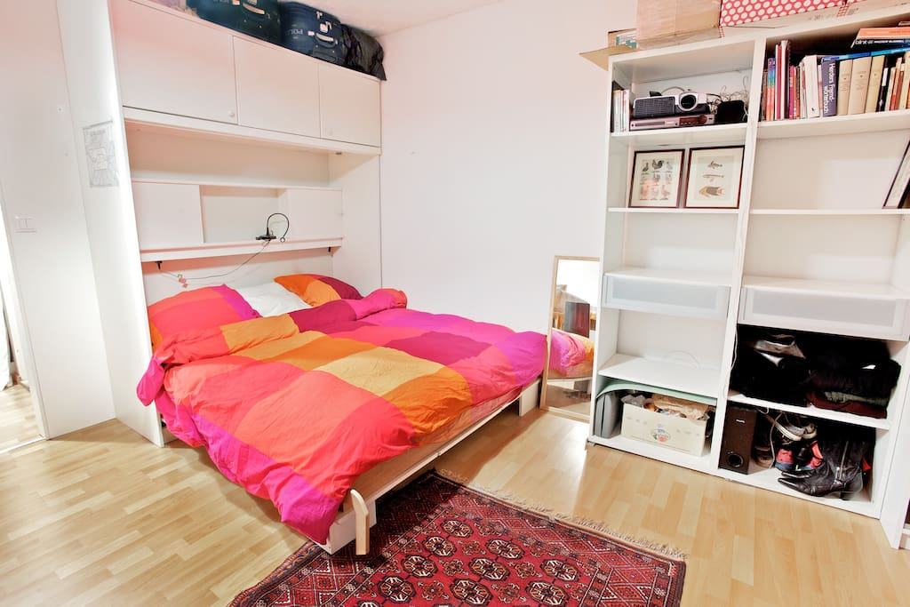 bed + cupboard space