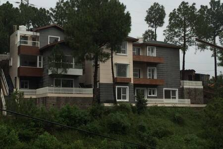Independent Villa with Barbeque Garden/Born Fire - Kasauli