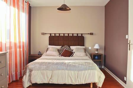 chambre d'hôte ensoleillée - Casa