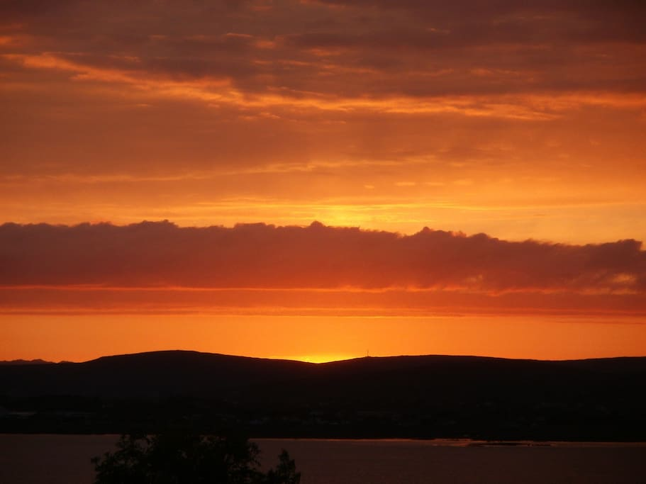 """"""" To see the sun go down by Galway Bay"""""""