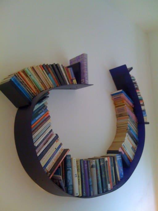 Ron Arad bookworm