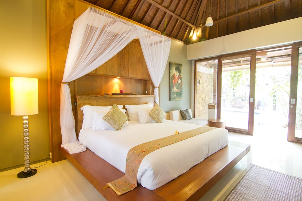 Swarapadi Villa Ubud Suite Bedroom
