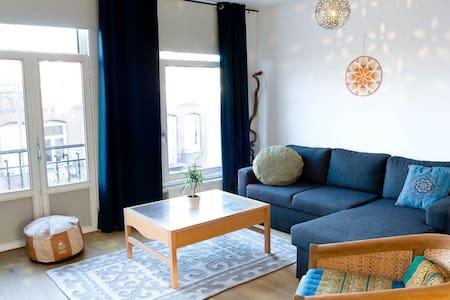 SPACIOUS, 2 BR apartment in de PIJP district - Amsterdam - Huoneisto