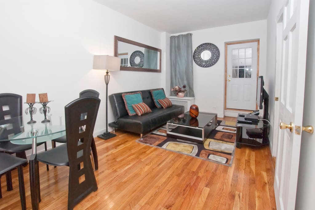 Apartments For Rent Ues