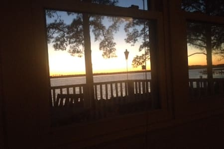 The River house - best sunsets ever! - Belhaven - Casa