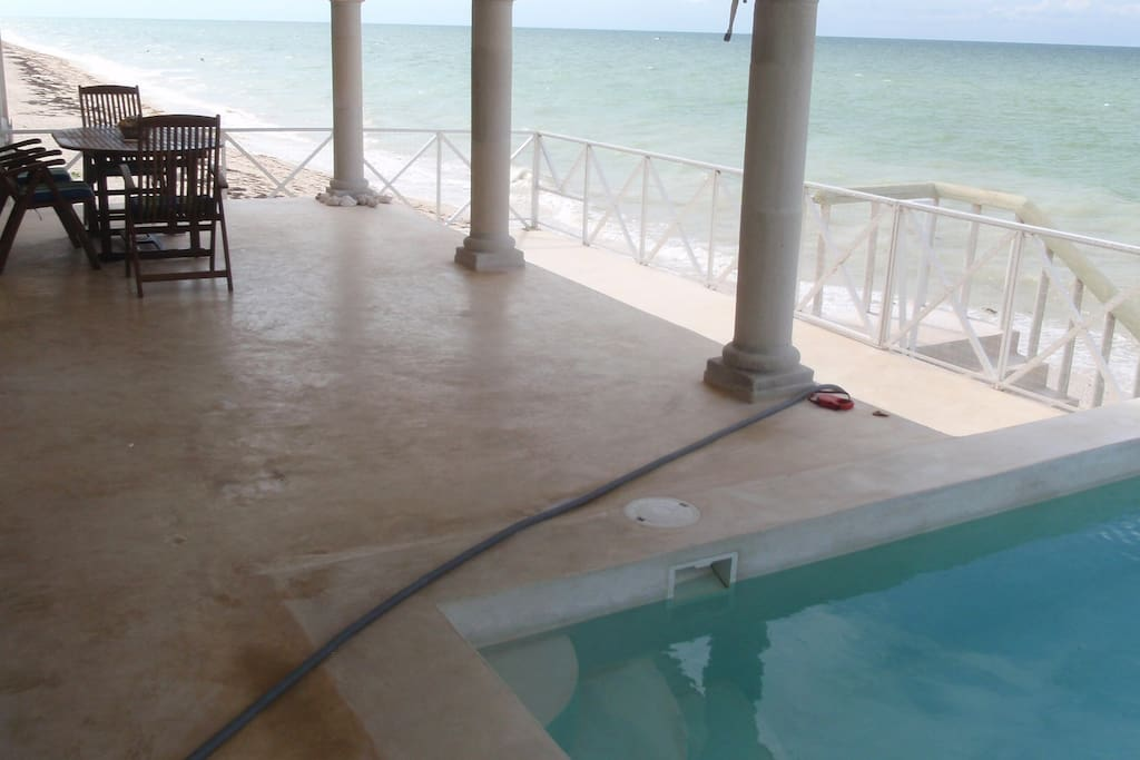 Kayak Villa - A Beachfront Home!