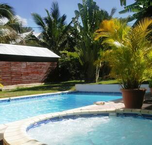 house, swimming pool, SPA, 15 min.  - Villa