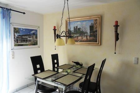 Holiday-apartement Moselblick Zell - Lägenhet