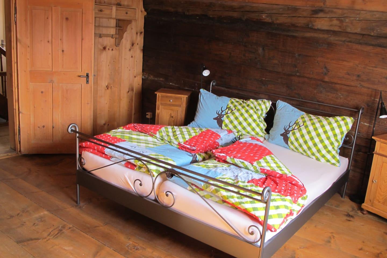 Schlafzimmer oberes App, Bedroom upper App.