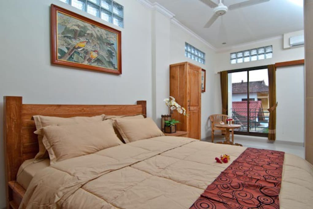 Deluxe Room: TV local channels, refridgerator, AC, Hot Water rainshower, ceiling fan, coffee tea maker, free WIFI