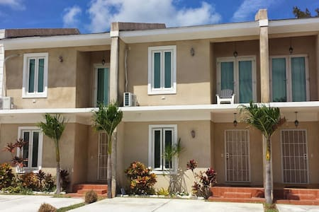 The Ultimate Tourism Experience - Nassau - Apartment